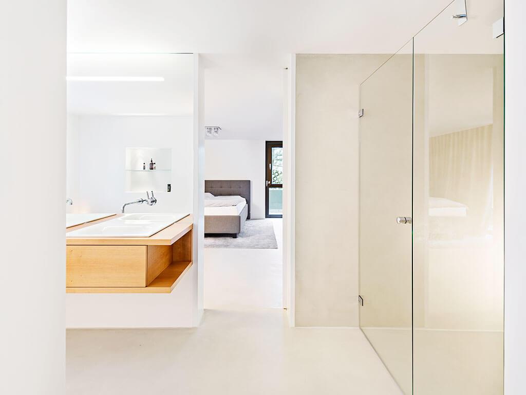 Offenes Bad mit Schlafzimmer